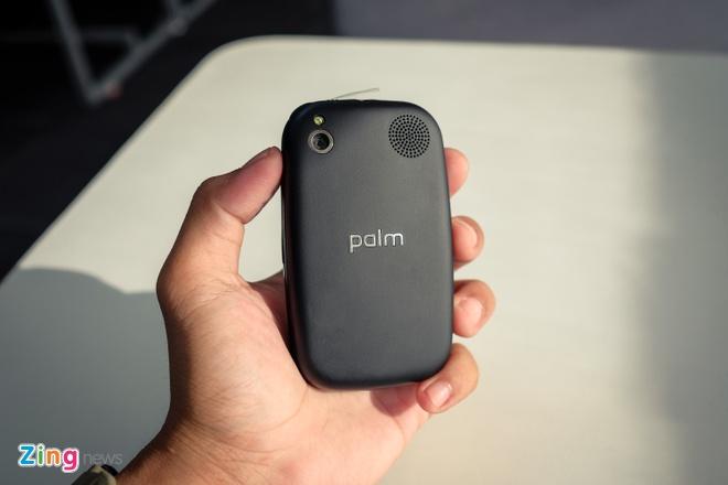 Palm Pre Plus: iPhone X cua 8 nam truoc hinh anh 1
