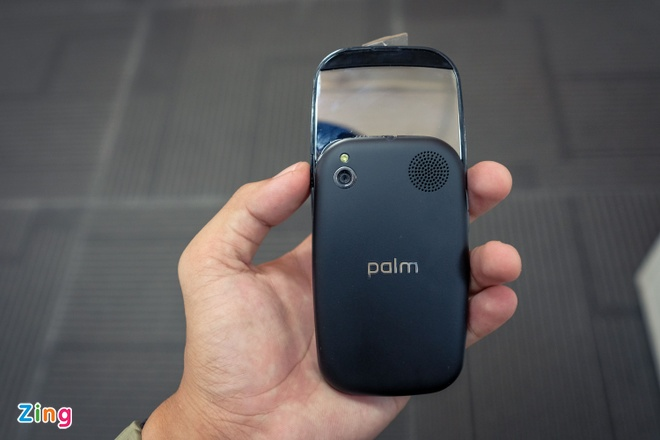 Palm Pre Plus: iPhone X cua 8 nam truoc hinh anh 12