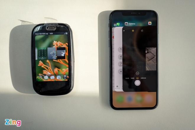 Palm Pre Plus: iPhone X cua 8 nam truoc hinh anh 7