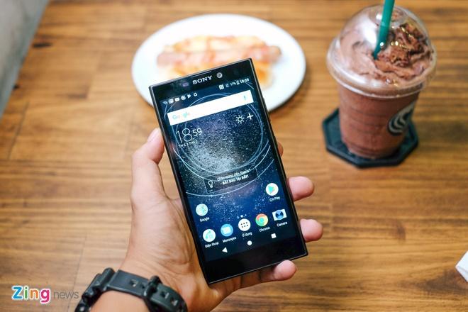 Xperia L2 - smartphone Sony dau tien co cam bien van tay mat lung hinh anh 5