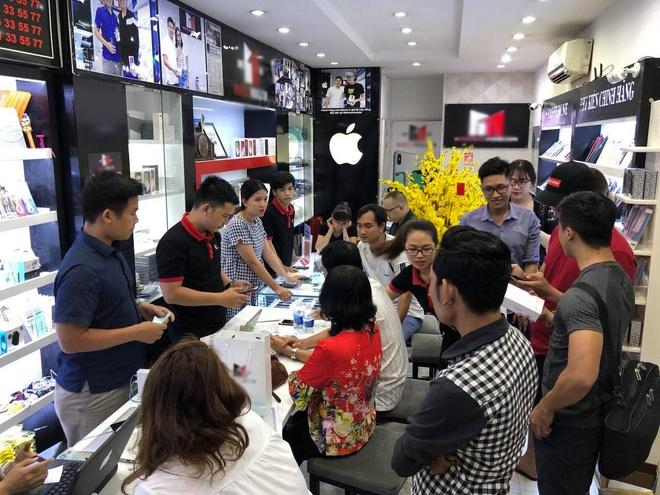 Suc mua iPhone X tang manh dip can Tet hinh anh 1