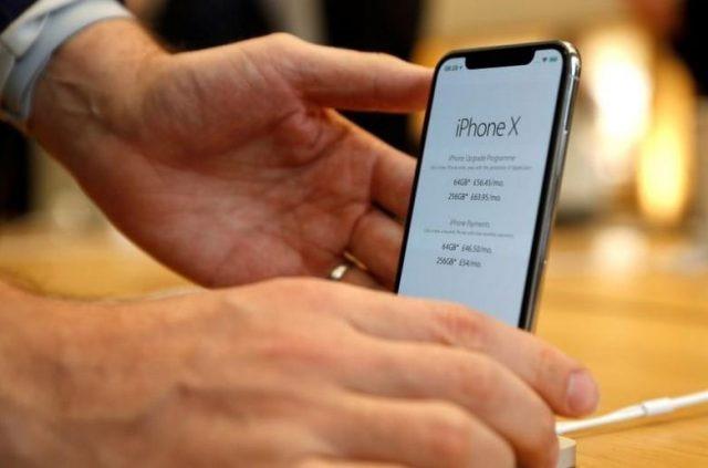 Suc mua iPhone X tang manh dip can Tet hinh anh