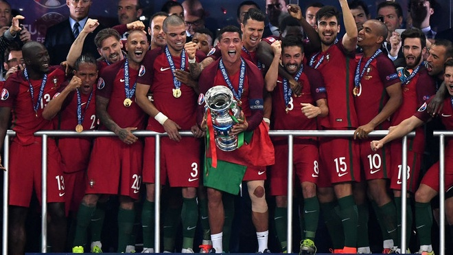 Nhung lan Ronaldo gay that vong nhung doi nha van vo dich hinh anh 4