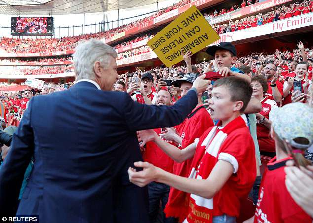 Wenger: Se quay tro lai Emirates de la o tan HLV hinh anh 2