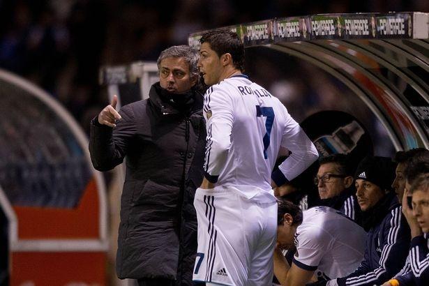 Cuu thu mon Real ke ve benh ngoi sao cua Ronaldo o Bernabeu hinh anh