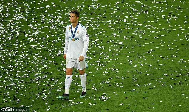 Ramos hay Ronaldo la ong vua phong thay do Real? hinh anh 1