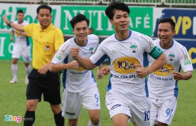 CLB Ha Noi thang doi Quang Ninh 4-1, HAGL thua nguoc CLB Quang Nam 2-3 hinh anh 1