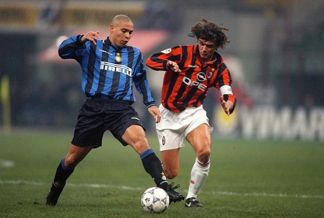 Ronaldo 'beo' goi HLV Ai Cap la 'nguoi te nhat tung lam viec cung' hinh anh 2