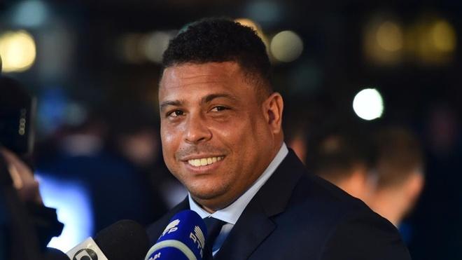 Ronaldo 'beo' danh gia cao Messi hon Ronaldo hinh anh