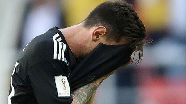 Messi: 'Toi tuc gian va dau buon vi sut hong penalty' hinh anh