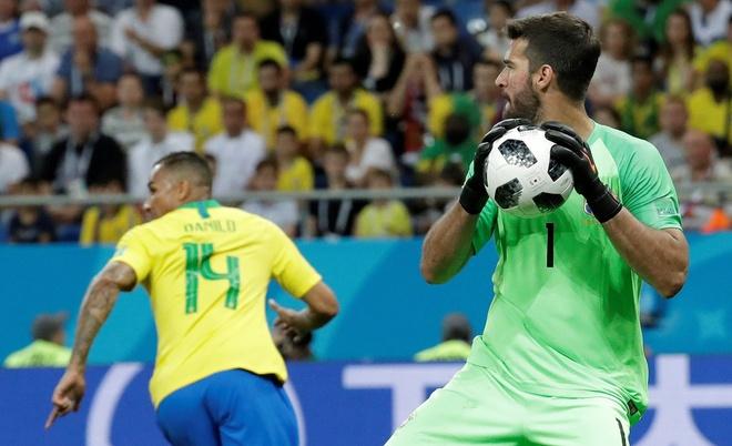 Neymar tung thoat chet than ky va nhung chuyen hau truong cua Brazil hinh anh 2