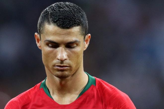 Sut hong penalty, Ronaldo 'tit ngoi' trong tran hoa truoc Iran hinh anh