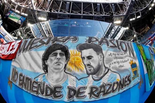'50 sac thai' cua Diego Maradona trong ngay Argentina thoat 'cua tu' hinh anh 1