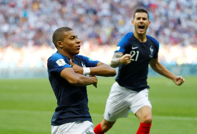 Mbappe don tien thuong World Cup lam tu thien cho tre em hinh anh