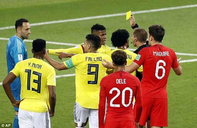 Cau thu Colombia xung dang nhan the do khi huc cam Henderson hinh anh 2
