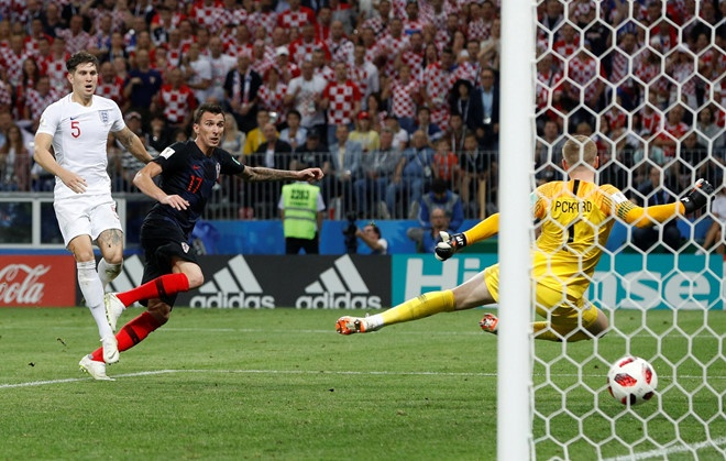 Mandzukic: 'Chien thang cua Croatia nhu mot phep mau' hinh anh 1