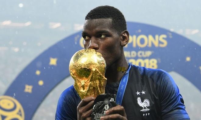 Paul Pogba nhan loi khen ngoi tu Mourinho sau chuc vo dich World Cup hinh anh