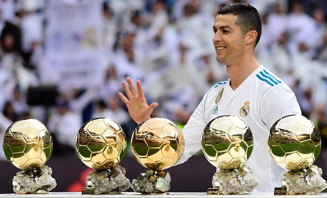 'Ronaldo la huyen thoai vi dai nhat cua Real Madrid' hinh anh