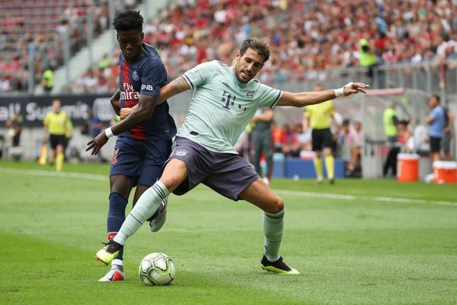 Vang Neymar va Mbappe, PSG bi Bayern loi nguoc dong tai ICC 2018 hinh anh