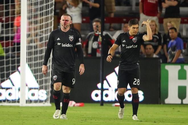 Rooney mat dam dia mau trong ngay ghi ban dau tien cho DC United hinh anh 1
