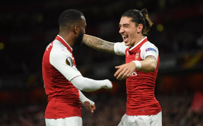 Bellerin: 'Arsenal co su to chuc hon so voi thoi Arsene Wenger' hinh anh