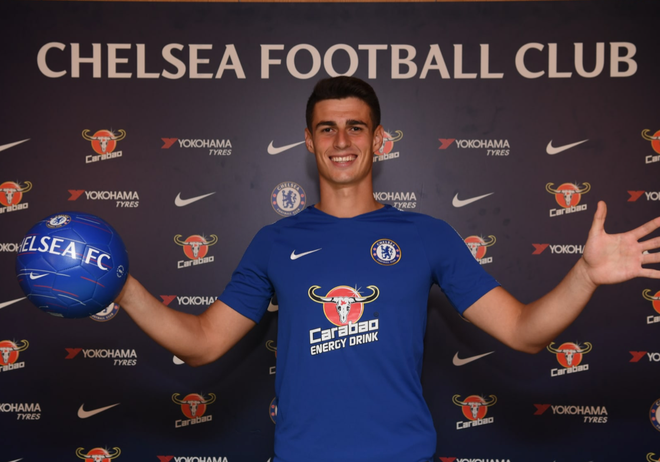 Kepa chinh thuc cap ben Chelsea, tro thanh thu mon dat nhat the gioi hinh anh