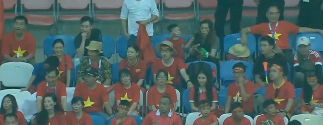 Hoa Minzy ung ho Olympic Viet Nam,  Cong Phuong anh 4