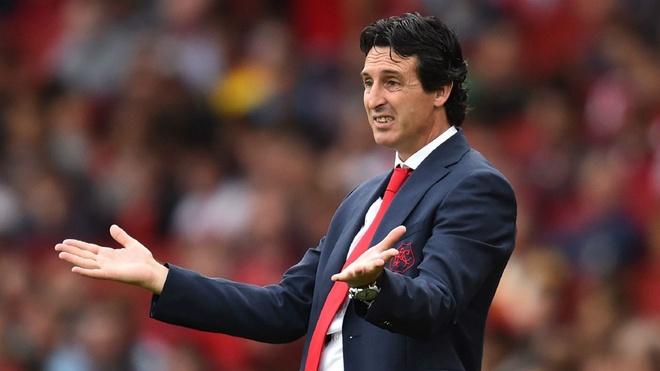 Arsenal - doi bong luon chon sai thoi diem? hinh anh