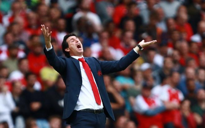 Arsenal thua Chelsea va cai gia cho su bao thu cua Emery hinh anh