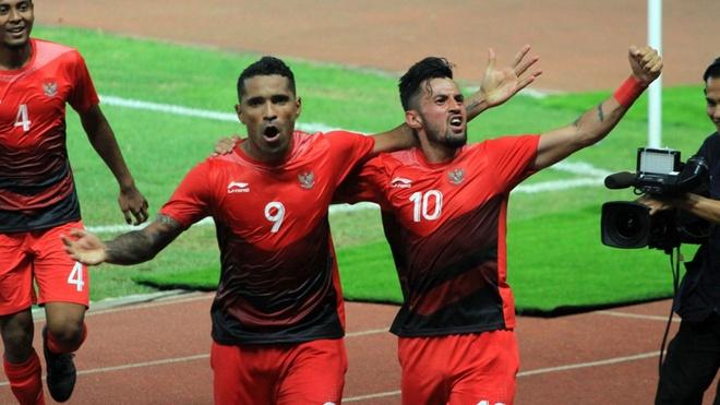 Sau tran Viet Nam - UAE, Indonesia tu hao la 'vua pha luoi' DNA hinh anh 2