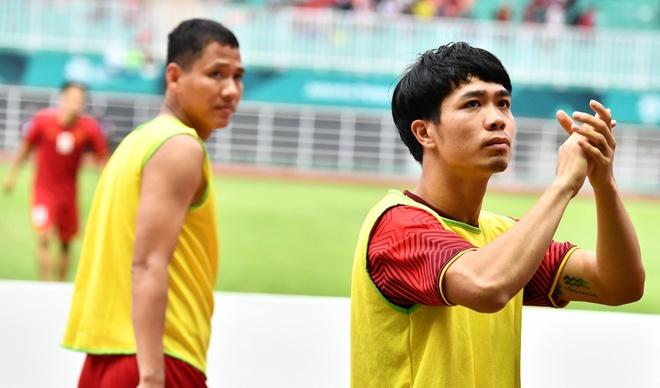 Cong Phuong noi loi chia tay xuc dong sau tran thua Olympic UAE hinh anh