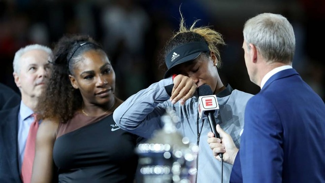 Serena Williams,  Naomi Osaka,  trong tai Carlos Ramos,  US Open anh 2
