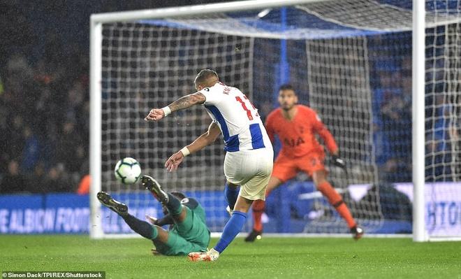 Harry Kane, Lamela ghi ban giup Tottenham chat vat gianh 3 diem hinh anh 3