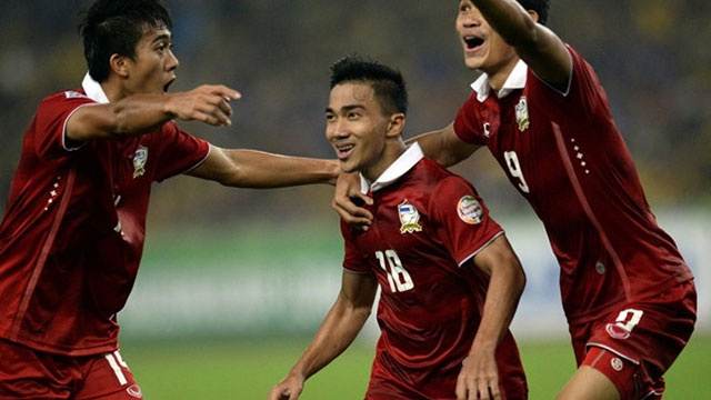 Doi tuyen Thai Lan tham hut doi hinh du AFF Cup hinh anh