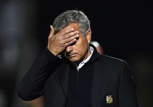 'Cau thu MU dang tuc gian va that vong ve Mourinho' hinh anh