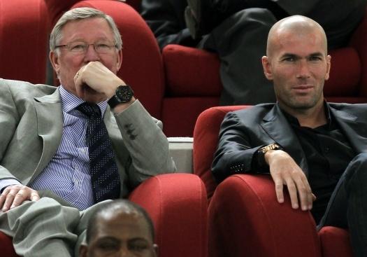 CDV MU khan thiet xin Zidane lam HLV thay the Mourinho hinh anh