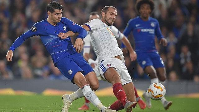 Morata ghi ban sau 14 cu sut, Chelsea dan dau bang o Europa League hinh anh