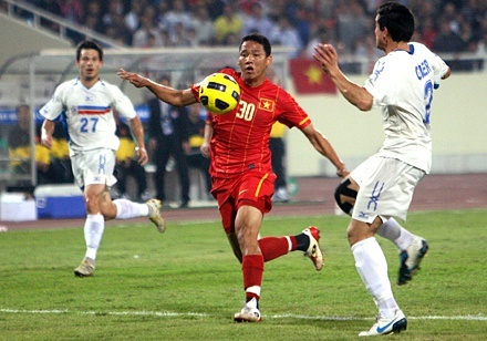 Philippines mo tai hien ky tich truoc Viet Nam tai AFF Cup hinh anh