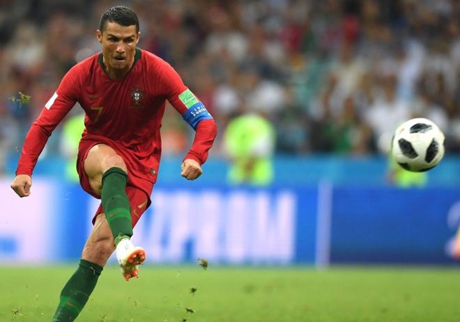 Bo Dao Nha khong trieu tap Ronaldo sau cao buoc hiep dam hinh anh