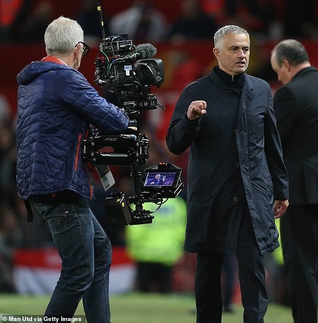 LDBD Anh mo cuoc dieu tra hanh vi cua Mourinho o tran gap Newcastle hinh anh 1