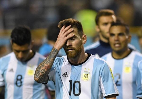 'Ap luc khien Messi khong the hien tot o tuyen nhu khi khoac ao Barca' hinh anh