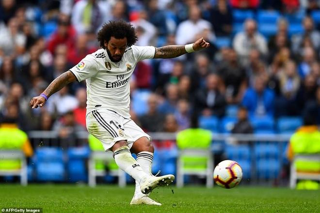 Real Madrid lap ky luc te hai trong tran thua Levante hinh anh 1