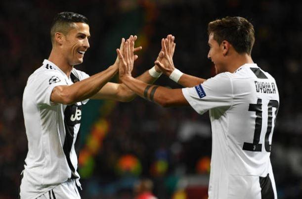 Ronaldo choi no luc giup Juventus ha MU tai Old Trafford hinh anh