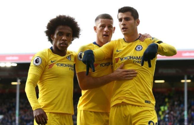 Burnley 0-4 Chelsea: Tiec ban thang tai Turf Moor hinh anh