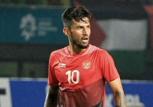 Hai cau thu Indonesia buon phien khi duoc goi tham du AFF Cup 2018 hinh anh
