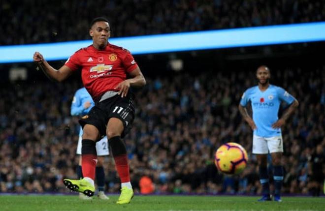 Man City 3-1 Man Utd: Tran derby mot chieu hinh anh 2