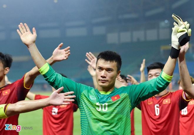 Bui Tien Dung, Xuan Truong gop mat trong de thi mon vat ly hinh anh