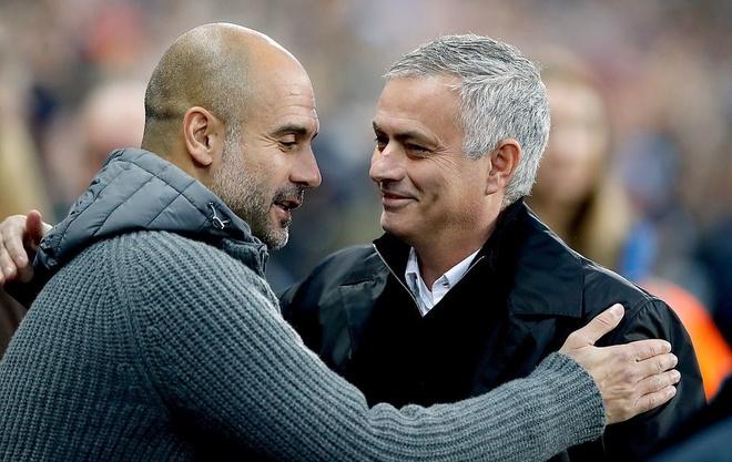HLV Mourinho: 'Chung toi se khong xuong hang' hinh anh
