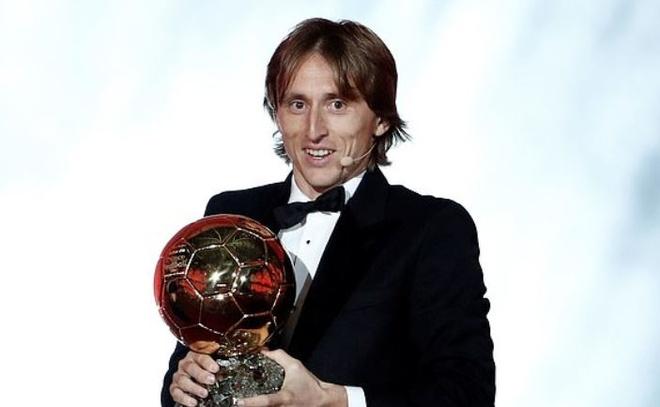 Vuot Ronaldo, Luka Modric gianh Qua bong vang 2018 hinh anh