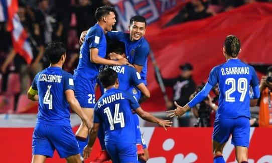 Nhan chim Singapore, Thai Lan vao ban ket AFF Cup voi ngoi nhat bang B hinh anh